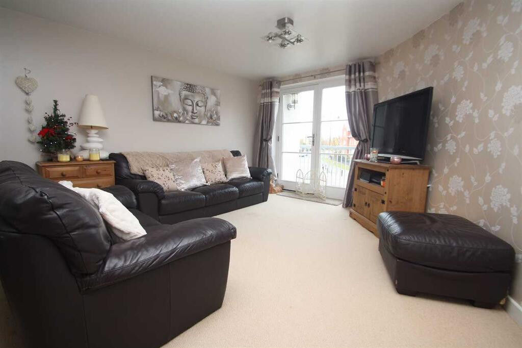 Brilliant and spacious 2 bedroom flat in Dagenham Dss accepted with guarantor