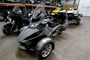 2012 Can-Am Spyder RT Audio & Convenience (SE5)