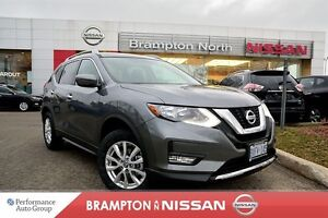 2017 Nissan Rogue SV *Heated seats,Bluetooth,Rear view monitor*