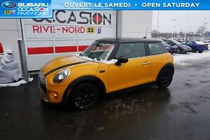 2015 MINI Cooper 3 Door Cooper TOIT.PANORAMIQUE+MAGS