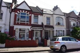 4 Bedroom House with Garden to rent for sharers or family