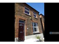 3 bedroom house in Grenfell Place, Maidenhead, SL6 (3 bed)