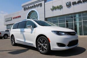 2017 Chrysler Pacifica Limited *demo savings&0%FOR 72MO*