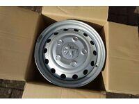 """Winter Peugeot Expert 16"""" Steel Wheels & Centre Trims - 7J ET42 5x108"""