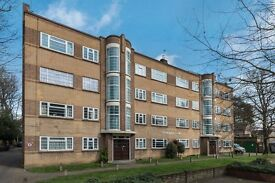 A well presented two bedroom flat is available to let