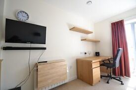 Modern Furnished Studio Apartment (Student Property)
