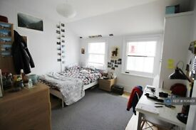 4 bedroom house in Camden Mews, London, NW1 (4 bed) (#1106801)