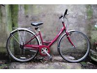 RALEIGH CAPRICE. 17 inch, 43 cm. Ladies women's hybrid road city bike, 3 speed, loop frame