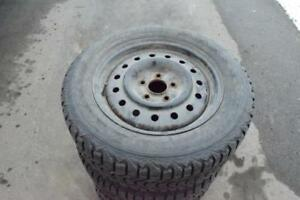 Nissan Altima  215/60/16 Firestone Snows On Rims 70% Tread