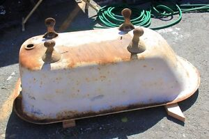 Buying claw foot tubs and cast iron sinks