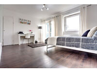 Newly refurbished 3 bedroom flat in Clapham!