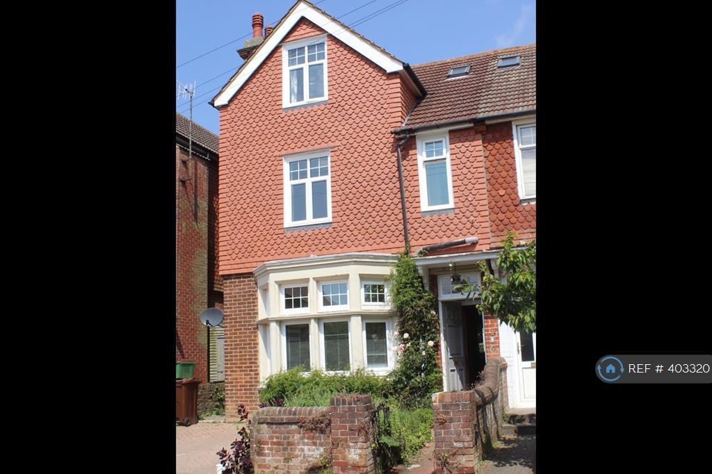 4 Bedroom House In Vicarage Drive Eastbourne Bn20 4 Bed