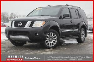 2011 Nissan Pathfinder LE 4X4 LEATHER GPS DVD IMPECCABLE