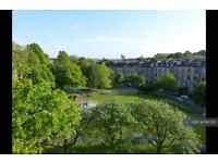 2 bedroom flat in Turnberry Road, Glasgow, G11 (2 bed)
