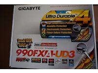 Gigabyte GA-990FXA-UD3 ATX Motherboard