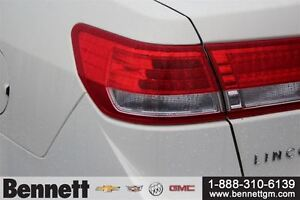 2012 Lincoln MKZ V6 AWD with NAv, Sunroof, Heated + Cooled seats Kitchener / Waterloo Kitchener Area image 8