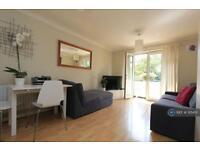1 bedroom flat in Upper Richmond Road, London, SW15 (1 bed)