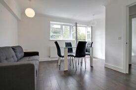 Large apartment newly refurbished, close to tube, good links into the City & Canary Wharf