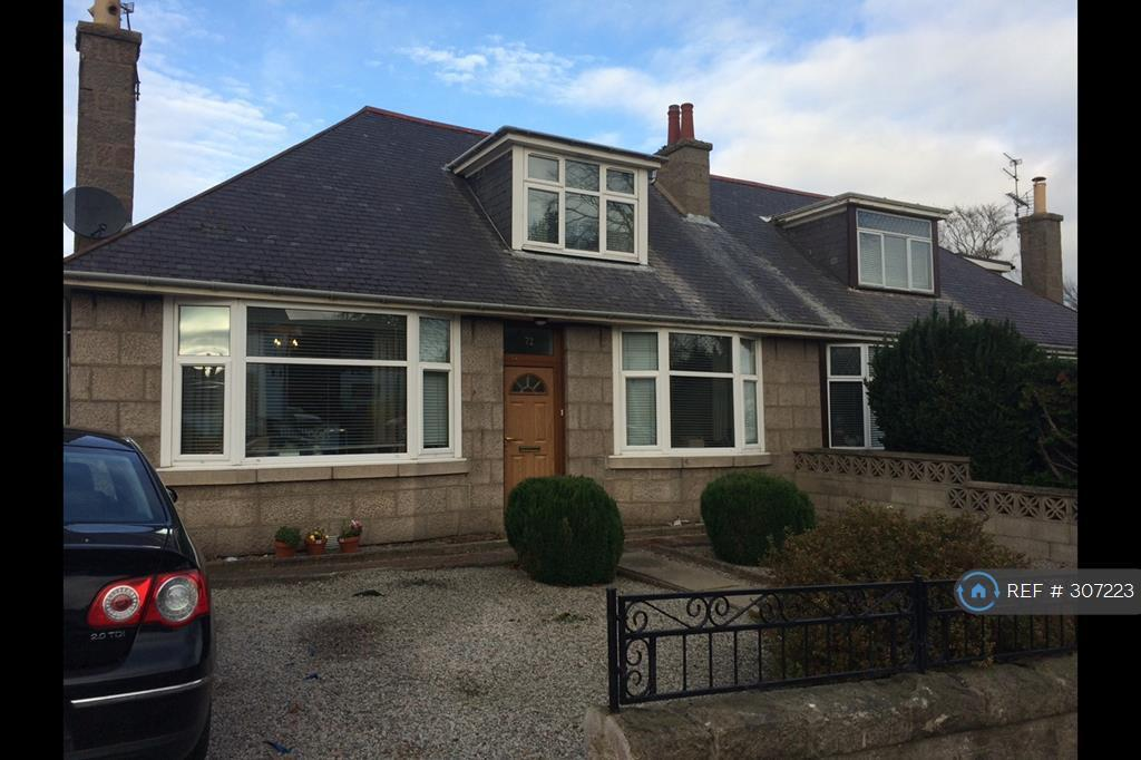 3 bedroom house in Hilton Avenue, Aberdeen, AB24