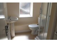 FANTASTIC 1 BED FLAT AVAILABLE - SELF CONTAINED IN GREAT LOCATION INSTANT ACCESS TO A30 TW19/TW14