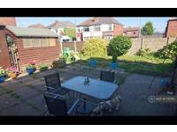 3 bedroom house in Hilda Street, Leigh, WN7 (3 bed)