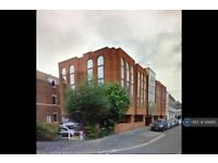 1 bedroom flat in King Street, Watford, WD18 (1 bed)