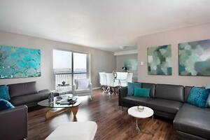 One Bedroom on Riverside-Gorgeous River Views - New Kitchens!!!