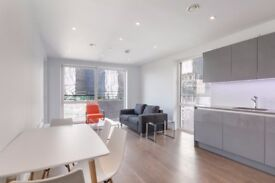 ** Luxury Brand New 1 bed apartment with balcony and gym in Elephant & Castle, SE1 - AW