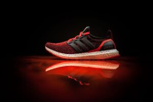 SELLING ULTRABOOST SOLAR RED 2.0 $350 DS/BNIB NEED GONE ASAP