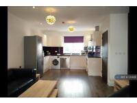 2 bedroom flat in Stroud Green Road, London, N4 (2 bed)
