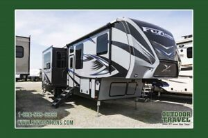2018 KEYSTONE Fuzion 371 ToyHauler 5th Wheel