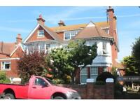 2 bedroom flat in Flt 4, Eastbourne, BN21 (2 bed)