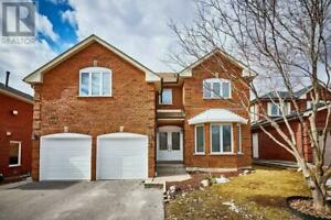 8 BRAEBROOK DR Whitby, Ontario