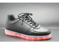 brand new light up trainers colour black child size 11
