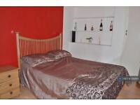 3 bedroom flat in Brendon Street, London, W1H (3 bed)