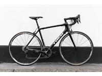 Full carbon trek racing bike 54 cm shimano 105 11 gears