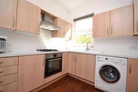 2 bedroom flat in Sydney Road, Muswell Hill, London, N10