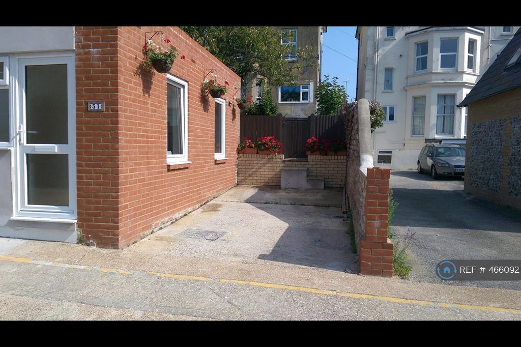 1 Bedroom House In Upperton Lane Eastbourne Bn21 1 Bed
