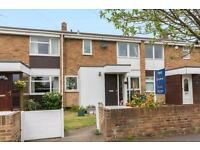 3 bedroom house in Langley Court, Langley Close, Headington
