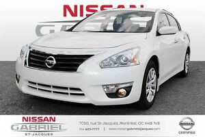 2015 Nissan Altima 2.5 SV   DEMO LIKE NEW