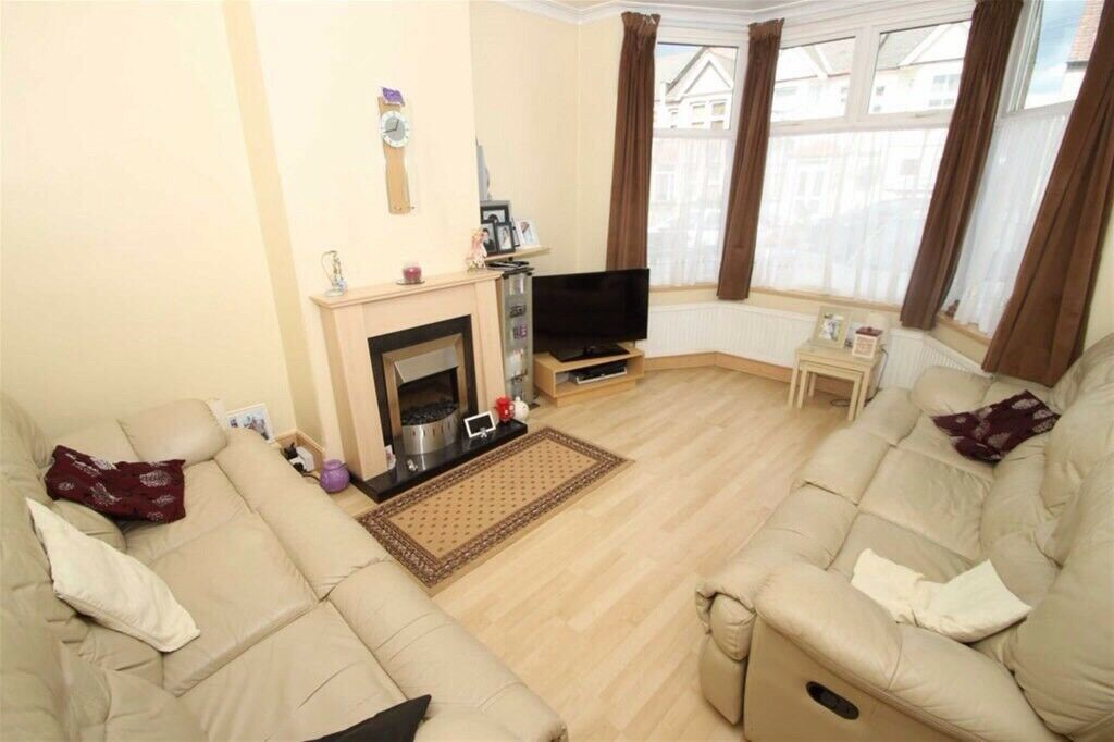 3 Bedroom House For Rent In Chingford In Walthamstow London Gumtree