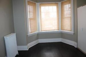 New Price, One month FREE, Barrie Street, 2 Bed Kingston Kingston Area image 6