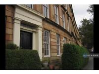 2 bedroom flat in St Vincent Crescent, Glasgow, G3 (2 bed)