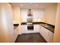2 bedroom flat in Averil Court, 3 East End Road, London, N3