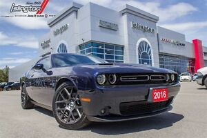 2016 Dodge Challenger ONLY 6000 KMS!!!!
