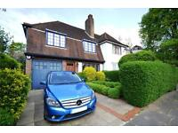 5 bedroom house in Widecombe Way, London, N2