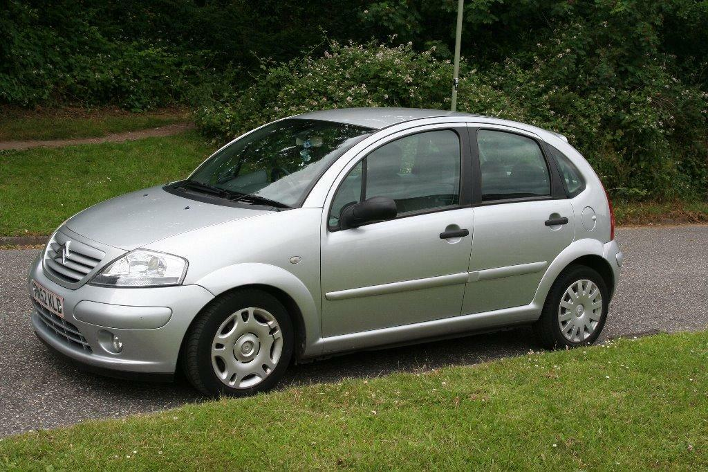 citroen c3 2002 silver 1 4 automatic in bournemouth dorset gumtree. Black Bedroom Furniture Sets. Home Design Ideas