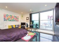# Beautiful studio coming available for an excellent price - Pan Peninsula - E14 - Call now!!