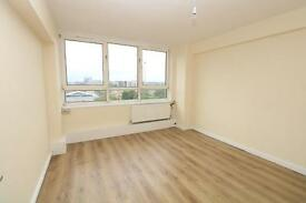 3 bedroom flat in Clinger court, Hoxton