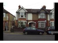 3 bedroom house in Whippendell Road, Watford, WD18 (3 bed)